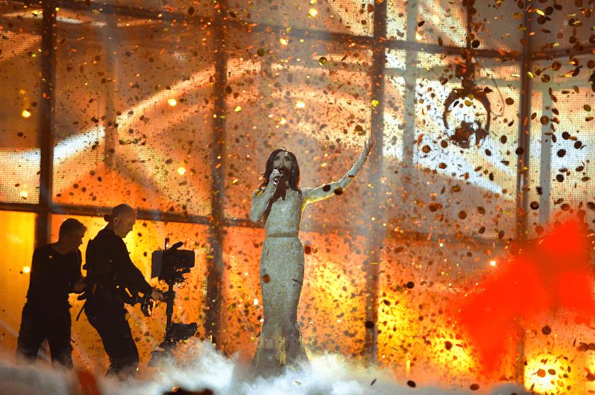 Conchita Wurst, hier bei ihrem Auftritt in Kopenhagen 2014, holte den Grand Prix nach Wien. Foto: Andres Putting (EBU)