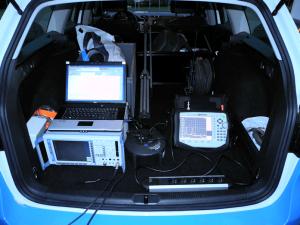 Spektrumsmessung Kofferraum_web
